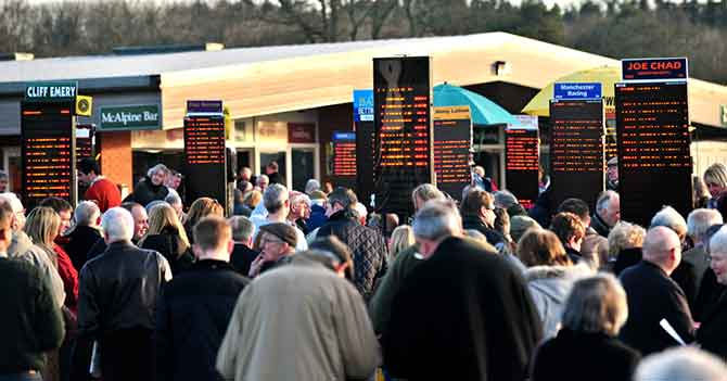 crowds-bookmakers