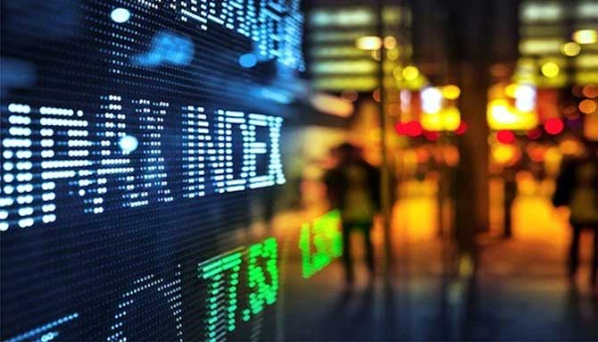 Анализируем динамику индекса SP500: снова кризис?