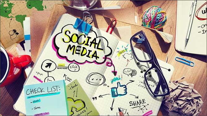 like_share_social_media