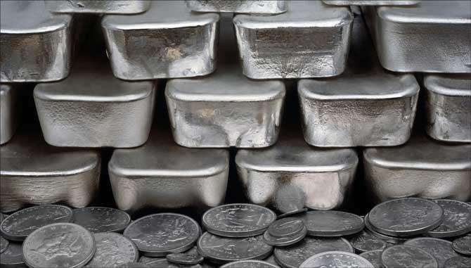 Как купить слиток серебра и на что обратить внимание при покупке?